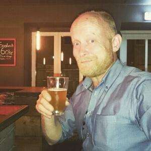 Brygmesteren nyder Ubesmittet Rug på Taphouse, København